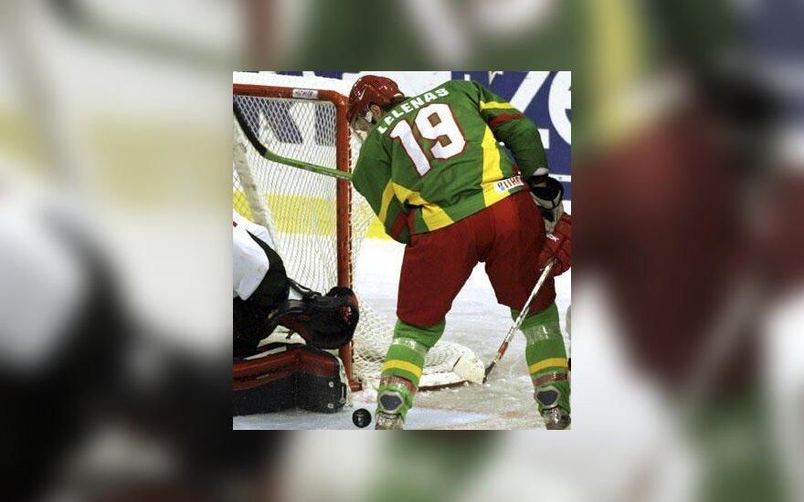 Latvijos ledo ritulio čempionas su dviem lietuviais pateko į finalą