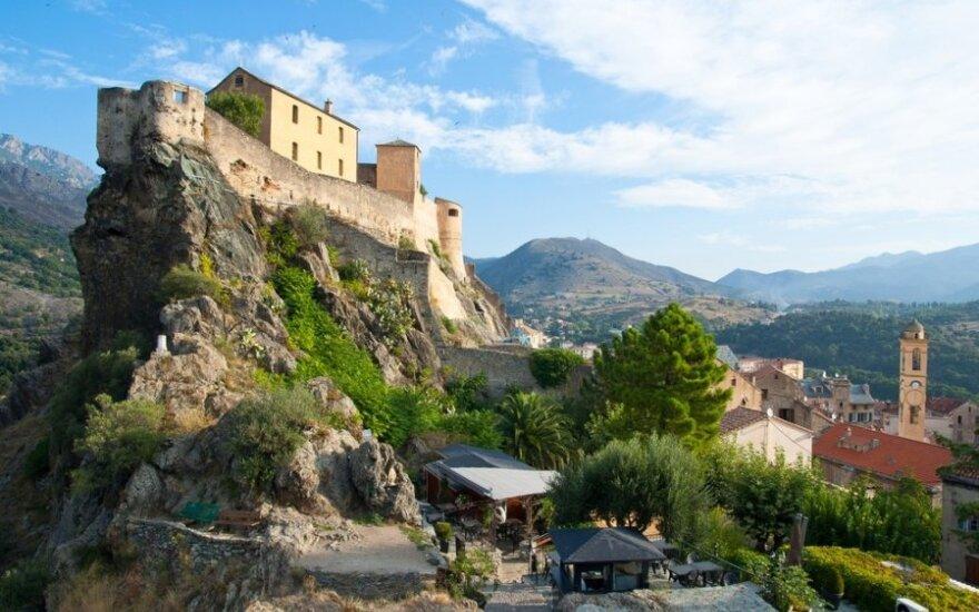 10 gražiausių Korsikos miestelių