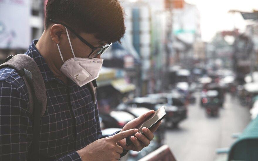 Kilus koronaviruso epidemijai, smarkiai krito Kinijos eksportas