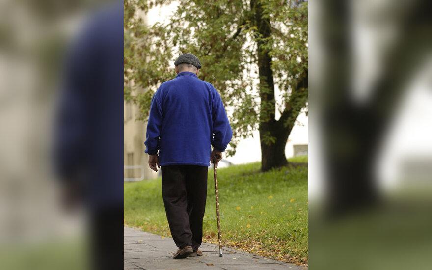 Pensininkas, senatvė, invalidumas