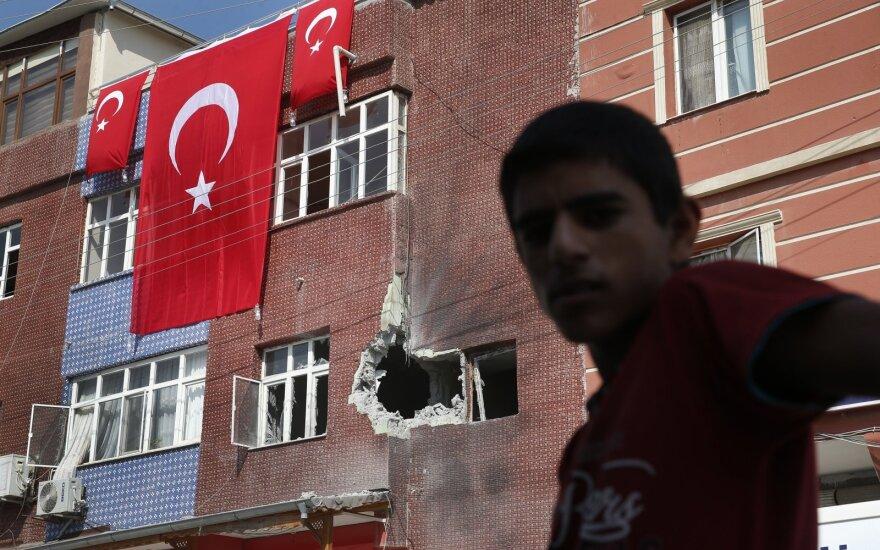 Turkijos puolimas Sirijoje