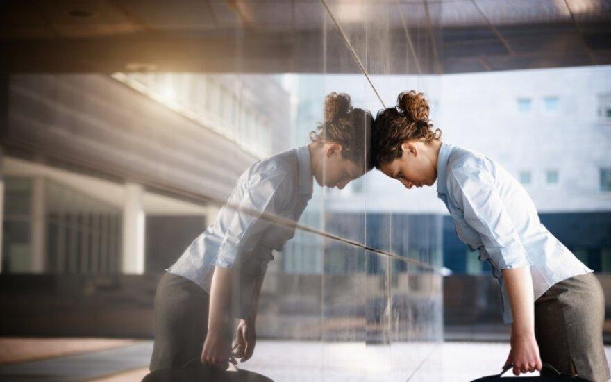 Pokalbiai dėl darbo kelia nerimą daugumai
