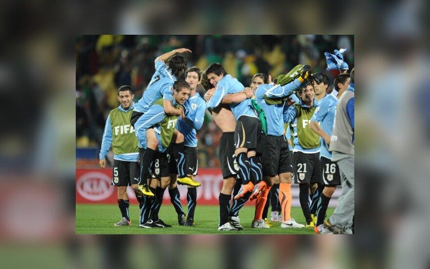 Urugvajaus futbolininkai grupėje užėmė pirmą vietą