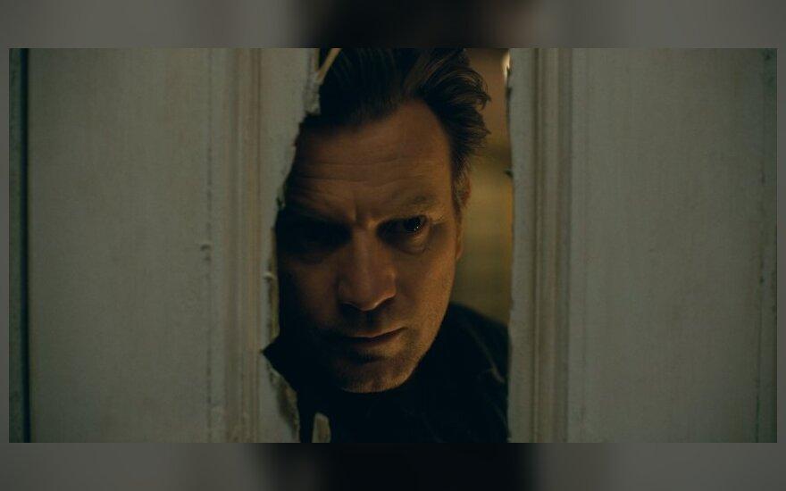 """Ewanas McGregoras, kadras iš filmo """"Daktaras Miegas"""""""