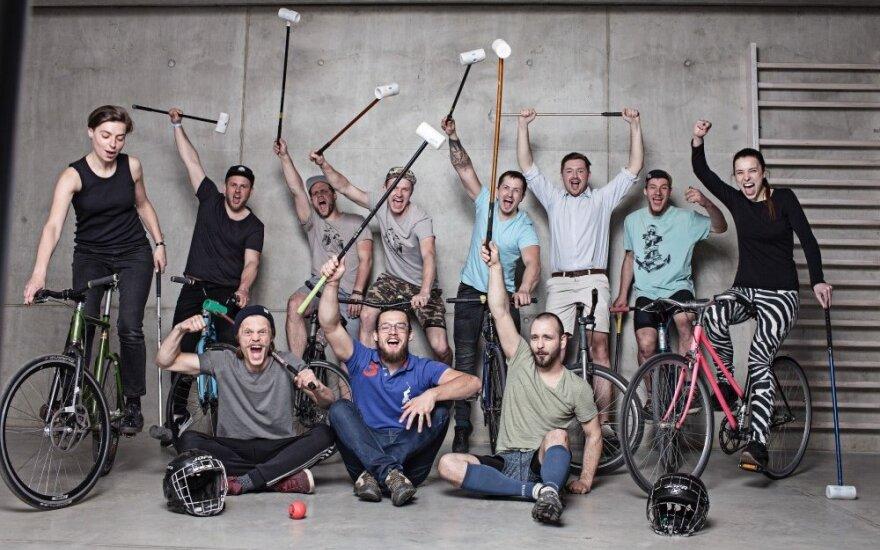 """""""Velomaratone"""" – egzotiškos dviračių polo varžybos"""