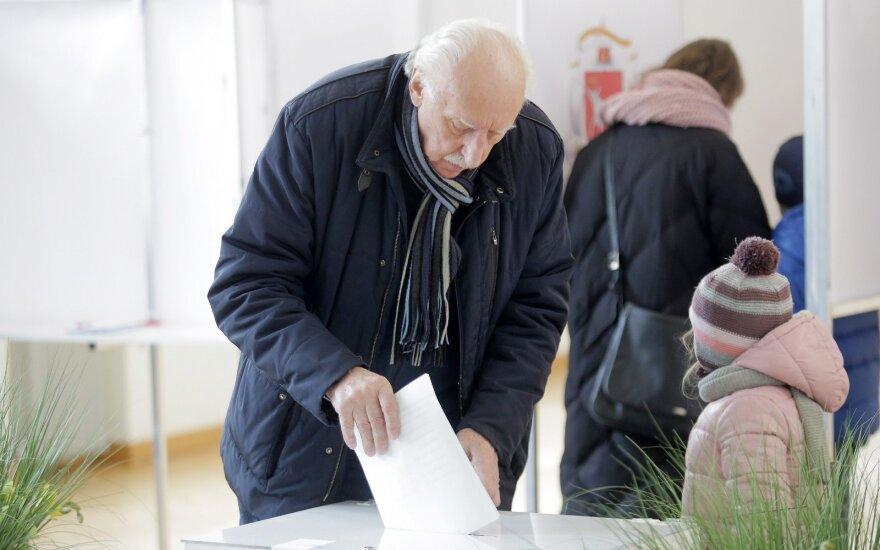 Savivaldybių rinkimai: balsuoja kauniečiai