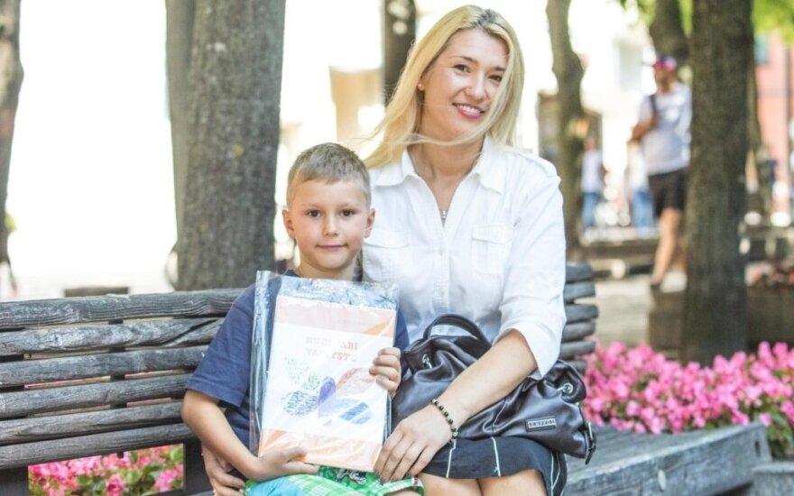 Austis Juozaitis ir jo mama Irmina Juozaitienė