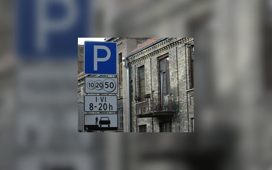 Už automobilių statymą Vilniuje surenkama daugiau pinigų
