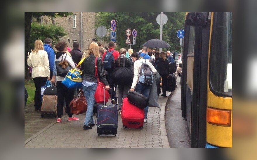 Kasmet išvyksta vis daugiau lietuvių, bet didelė dalis jau nori grįžti