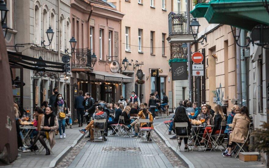 Svarstoma restoranus atidaryti nuo gegužės 18 dienos: tarp reikalavimų – trumpesnis darbo laikas