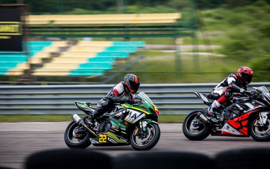 Motociklų plento žiedo čempionato starte – netikėtas Šarūno Plado rekordas