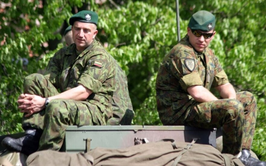 32 volunteers sign up for service in Lithuanian army in five days