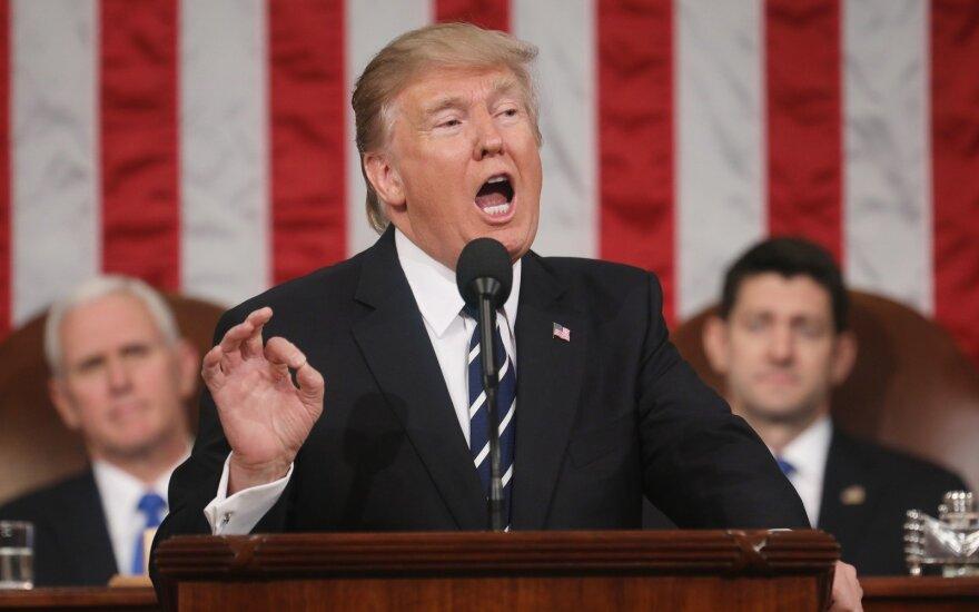 D. Trumpo kalba JAV Kongrese