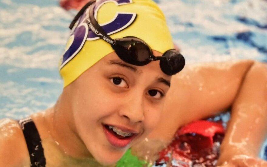 Jauniausia Rio olimpietė – žemės drebėjimą išgyvenusi Nepalo plaukikė