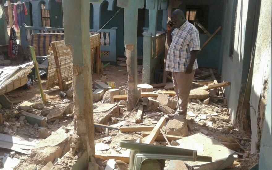 Ekstremistai Kenijoje nužudė 12 žmonių