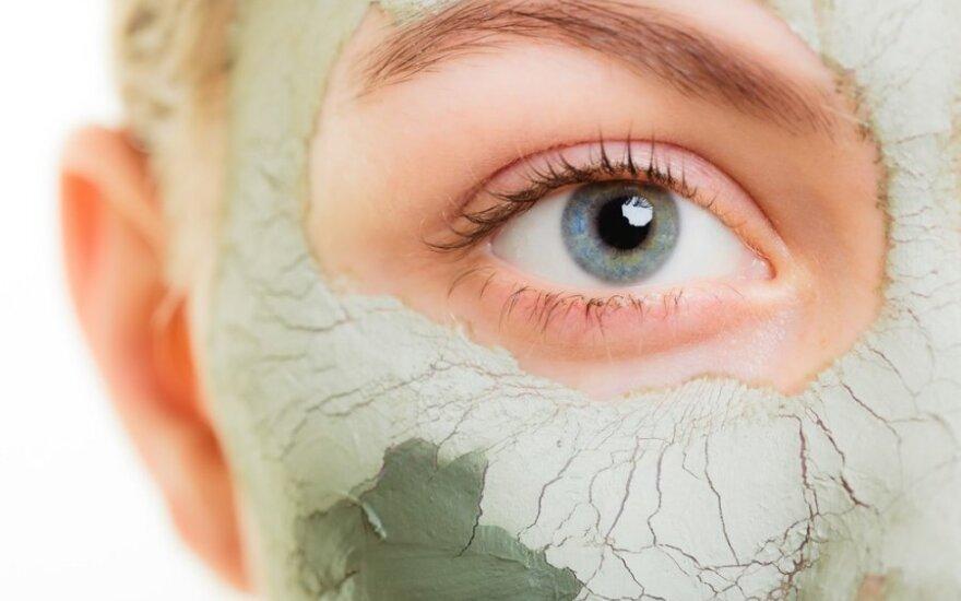 Kaip teisingai drėkinti odą, kad nesuvystume kaip abrikosai