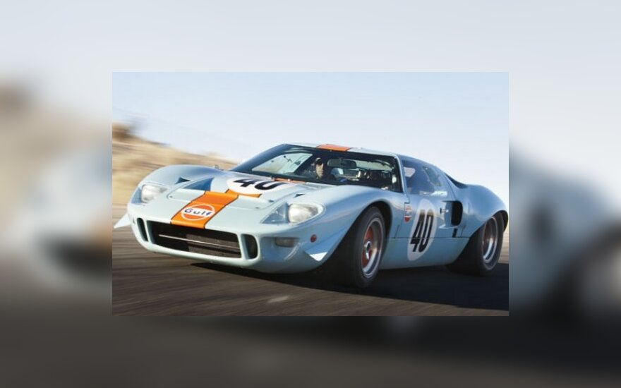 Ford GT40 Racing Car