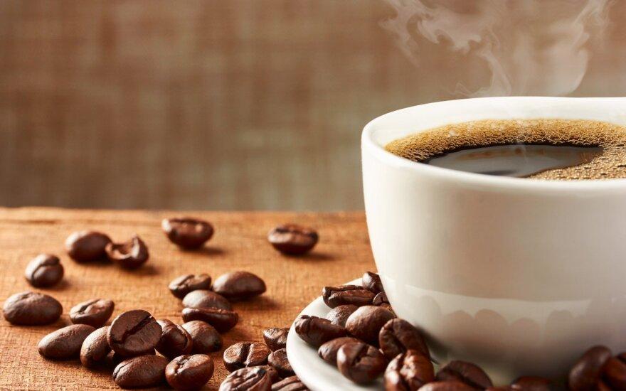 Kaip pašalinti kavos dėmes praktiškai nuo bet kokių paviršių?