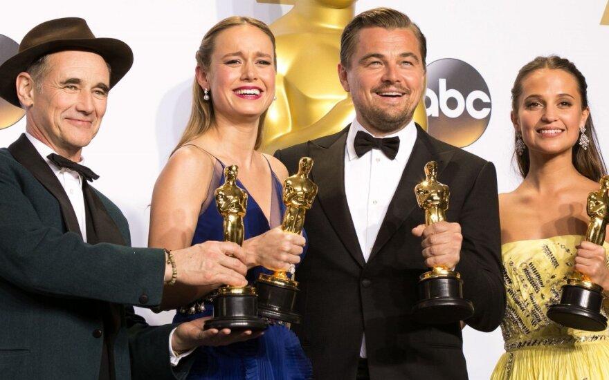 """Paskelbti """"Oskarų"""" nominantai: rekordą pasiekęs filmas pakartojo """"Titaniko"""" šlovę"""