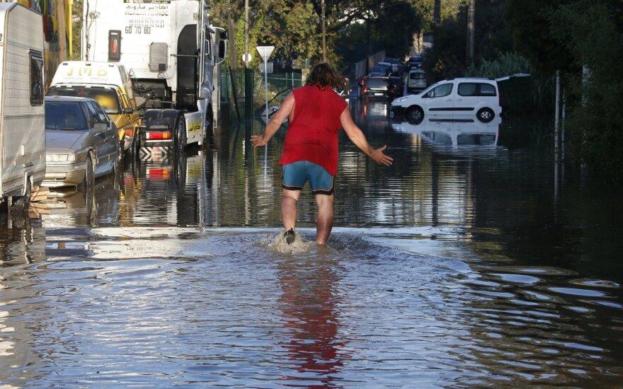 Potvynis Prancūzijos Rivjeroje