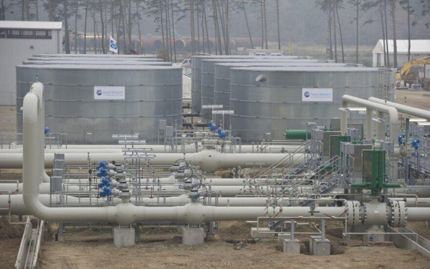 """Lenkijos premjeras """"Nord Stream 2"""" laiko grėsme Vidurio Europai"""