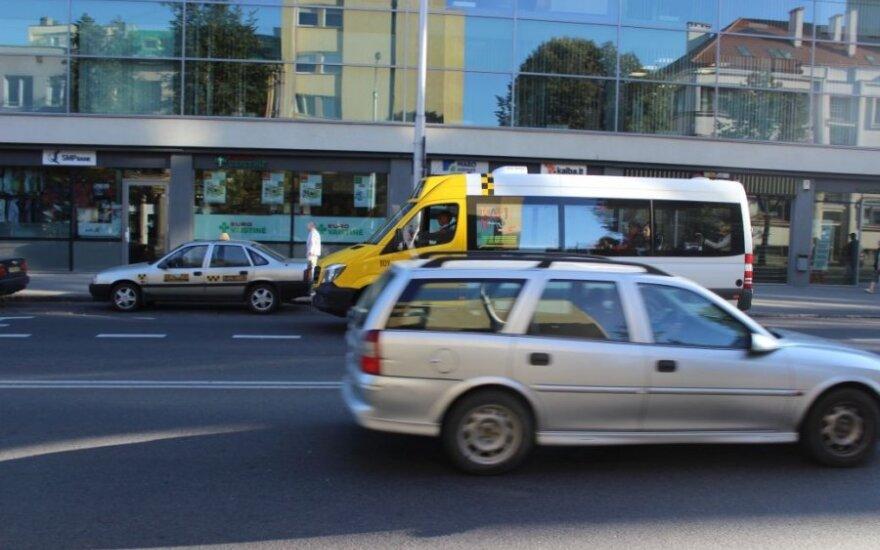 Nauji maršrutiniai taksi – jau gatvėse