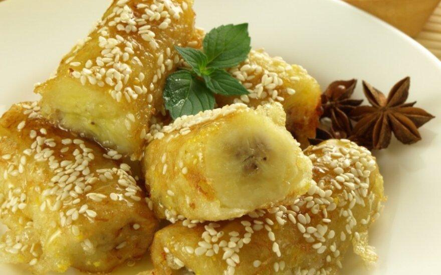 GREITAS DESERTAS: Kepti bananai sezamų sėklose
