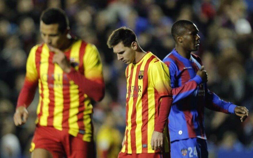 Lioneliui Messi su kompanija nepavyko įveikti lygos vidutiniokų
