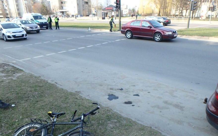 Kaune automobilis partrenkė aštuonmetį, policija ieško liudininkų