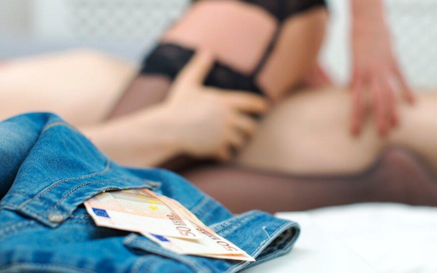 Sekso paslaugų teikėjai atskleidė keisčiausius klientų pateiktus pageidavimus
