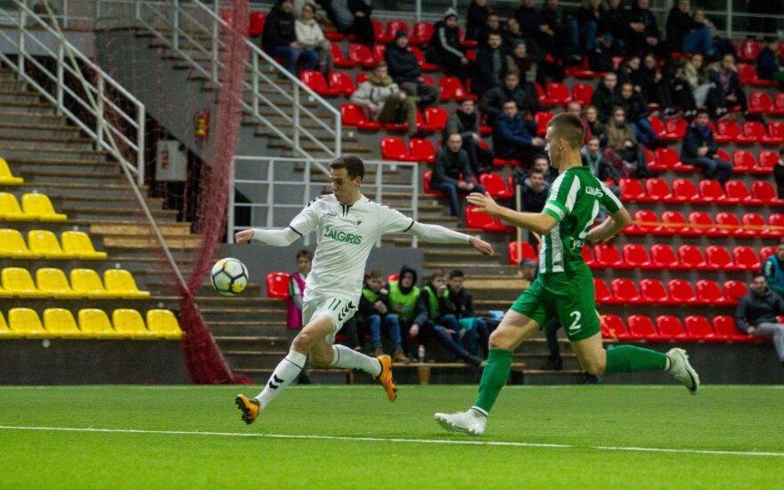 Gera žinia futbolo mėgėjams: DELFI TV transliuos visas A lygos rungtynes