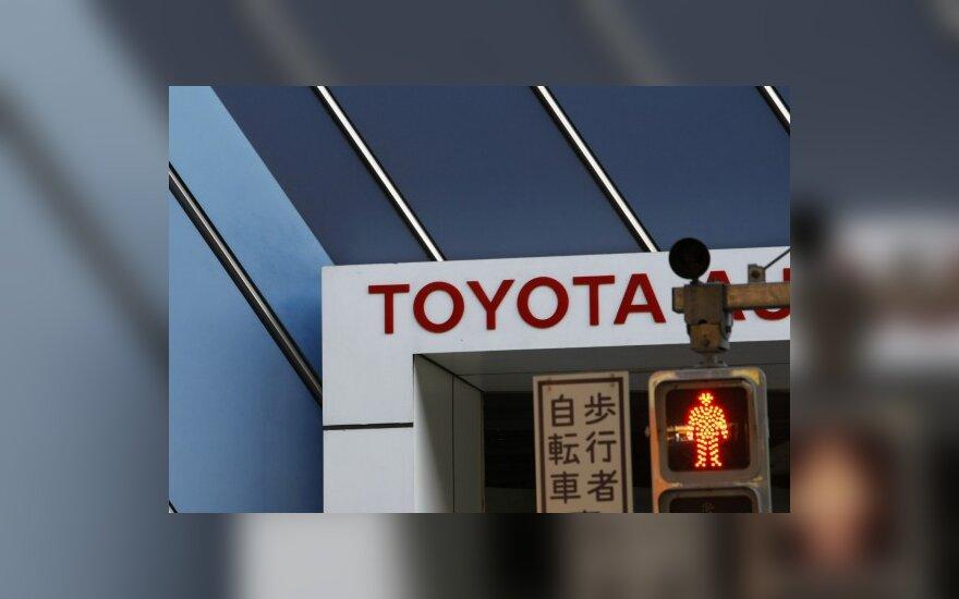 """Toyotos"" pardavimai Japonijoje išaugo 50 proc."