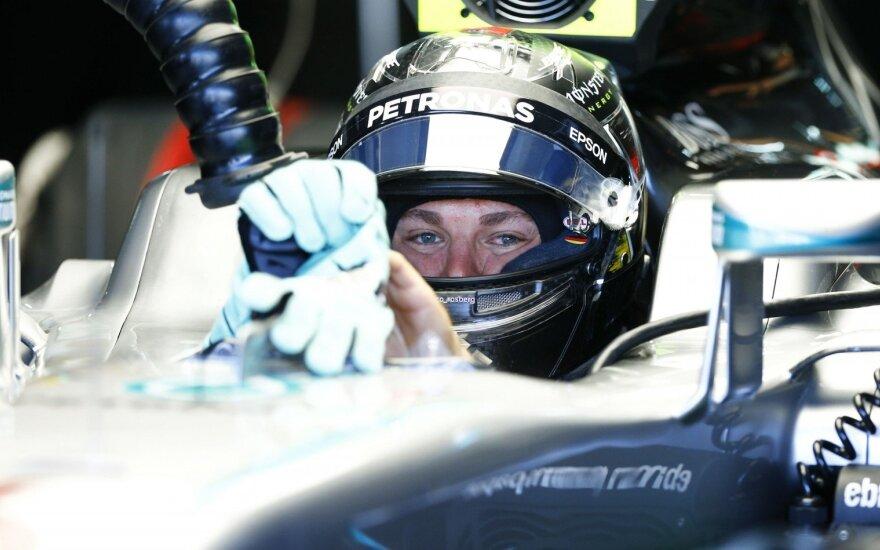 """""""Formulės-1"""" etapas Vokietijoje: ar padės namų trasa N. Rosbergui?"""
