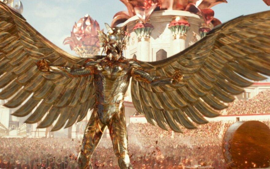 "Kadras iš filmo ""Egipto dievai"""