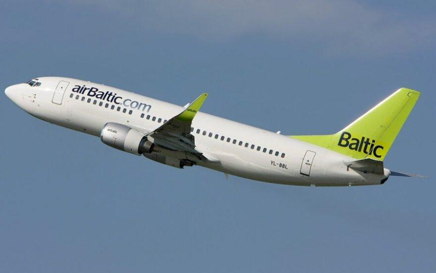 """Latvija ieško investuotojų valstybei priklausančiai """"airBaltic"""""""