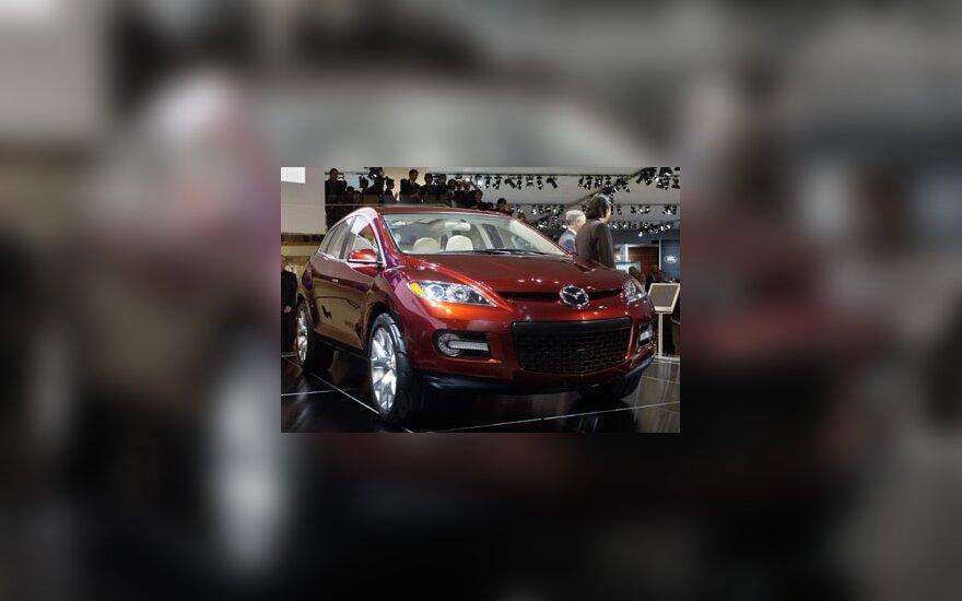 """Mazda MX-Crossport"" debiutas"