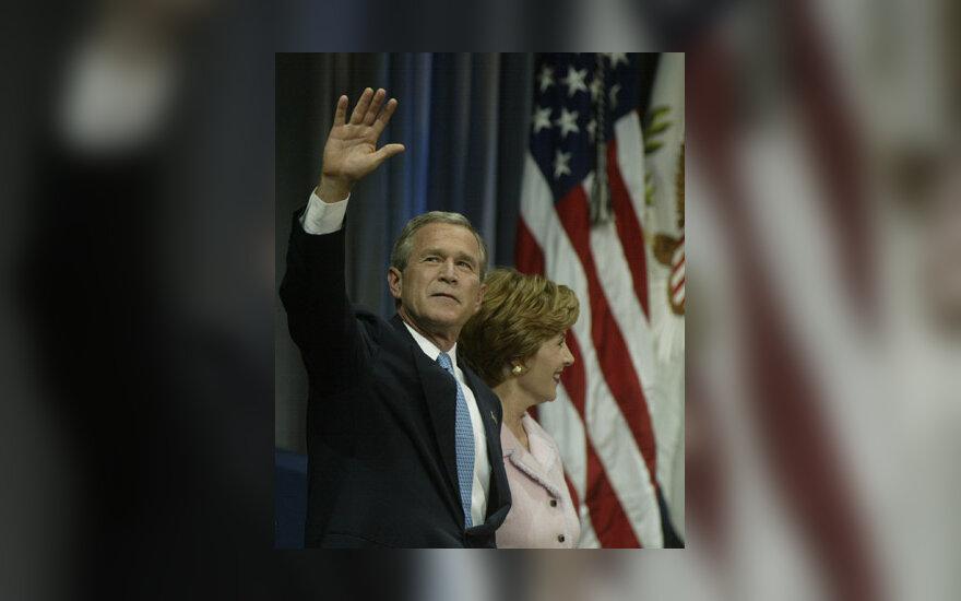 George Bush su žmona Laura