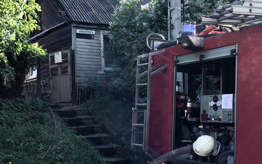 Netoli Vilniaus užsidegė gyvenamasis namas