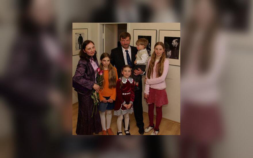 Klaudijus Driskius su šeima
