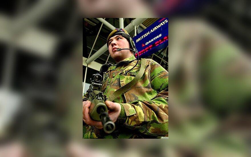 Britų karys, kariuomenė