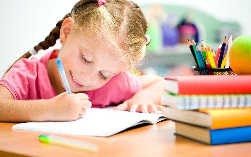 Kaip tinkamiausią mokyklą išsirinkti kartu su vaiku
