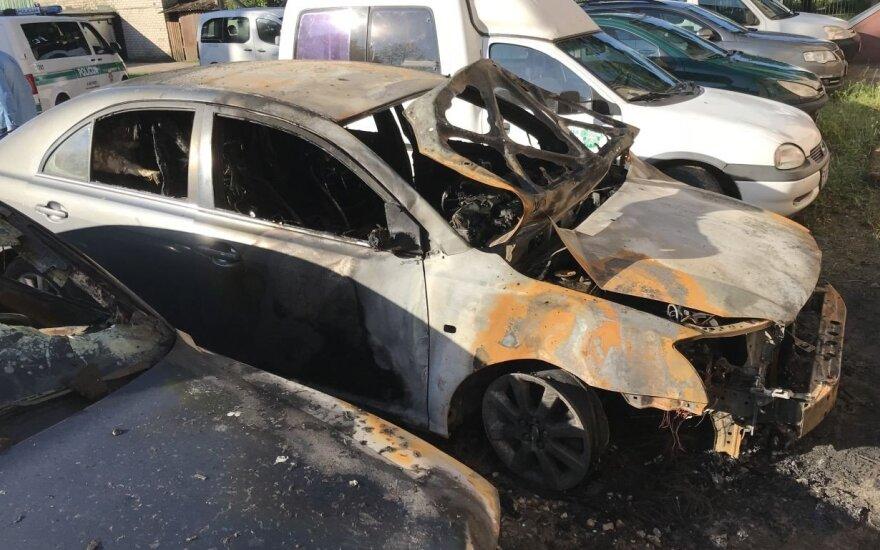 Naktį, įtariama, padegtas Tauragės rajono tarybos nario automobilis