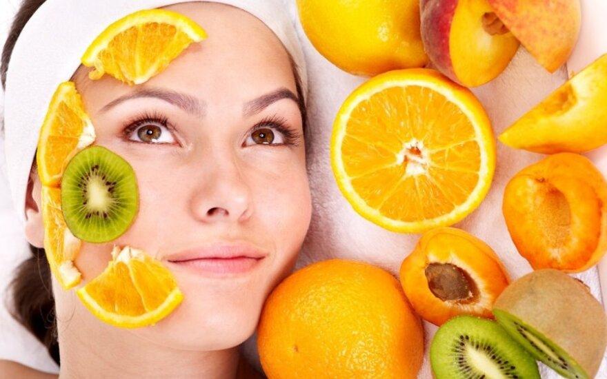 Kaip prižiūrėti riebią odą?