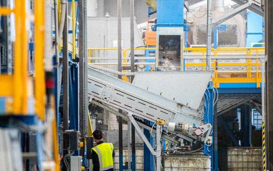 Pramonės produkcijos kainos per metus sumažėjo 9,2 proc.