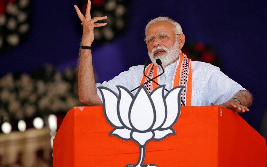 Indijoje prasideda didžiausi pasaulyje rinkimai