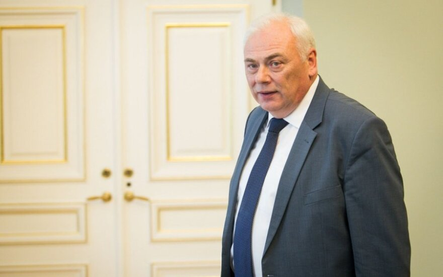 Lithuania's interior minister steps down
