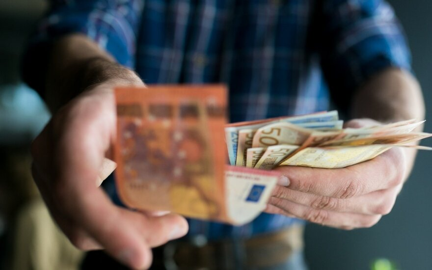 Kaip padvigubinti vidutinį atlyginimą Lietuvoje