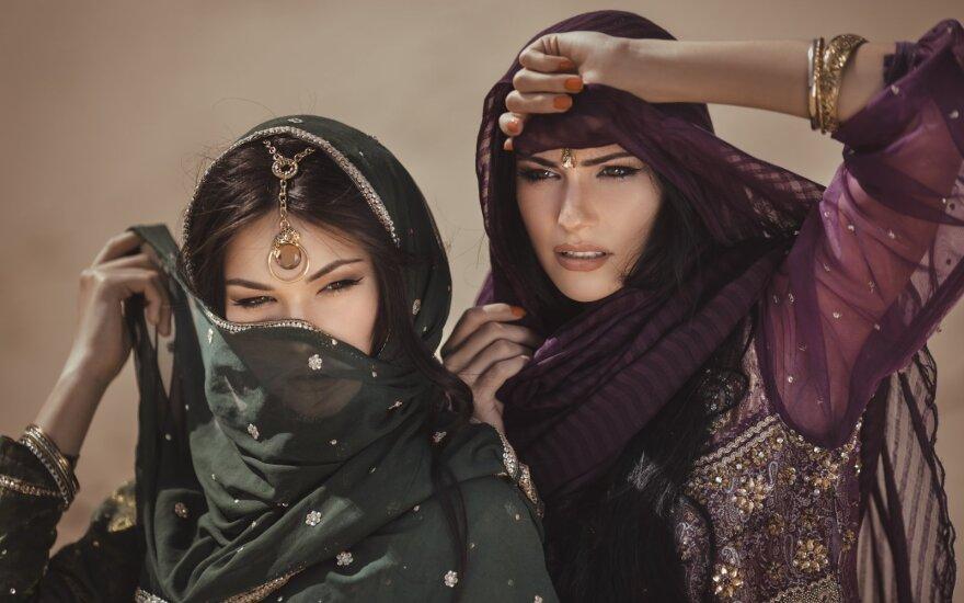 Liūdnas į valdovų rankas patekusių moterų likimas: kai kurios imperatorių sugulovės tebuvo vergės