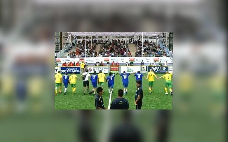Lietuviai įveikė graikus ir pateko į kitą pasaulio benamių futbolo čempionato etapą