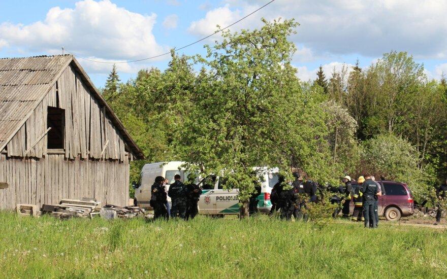 Skubiai ištyrę kūną ekspertai nustatė: gaisravietėje rastas į policininkus šaudžiusio vyro kūnas